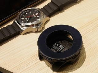 腕時計は、自分の好きなブランド、モデルを使いながら、重要なメールや電話.jpg
